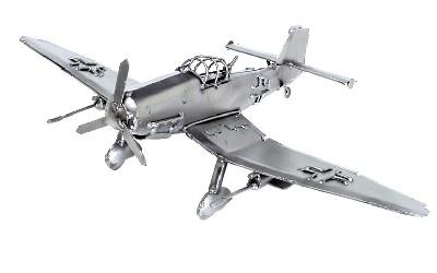 453 stuka vliegtuig €87,-